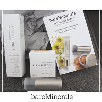 Photo of bareMinerals Blemish Rescue Skin-Clearing Loose Powder Foundation uploaded by Alexandria M.