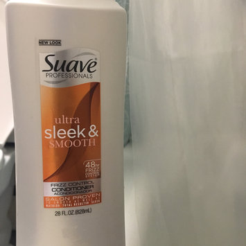 Photo of Suave® Sleek For Dry Or Frizzy Hair Conditioner uploaded by Kristine R.
