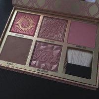Benefit Cosmetics Blush Bar Cheek Palette uploaded by Beatriz O.