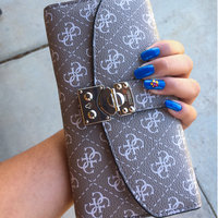 COVERGIRL Outlast Stay Brilliant Nail Gloss uploaded by Selena  M.