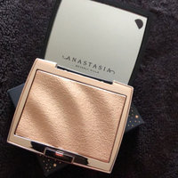 Anastasia Beverly Hills Amrezy Highlighter light brilliant gold uploaded by Racquel M.