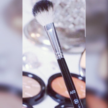 Photo of Anastasia Beverly Hills A23 Large Diffuser Brush uploaded by Maha S.