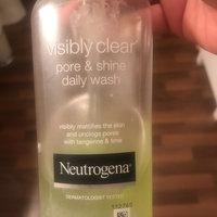 Neutrogena Visibly Clear Pore & Shine Daily Wash (200ml) uploaded by Ebony H.