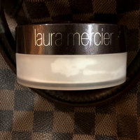Laura Mercier Invisible Loose Setting Powder uploaded by Mars' A.