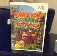 Donkey Kong Country Returns Wii uploaded by Stefanie B.