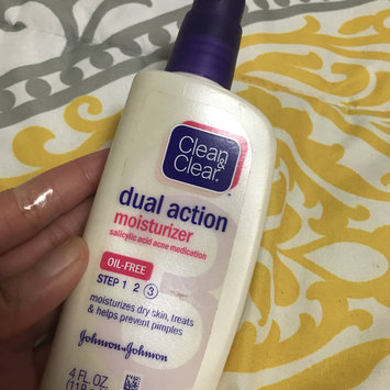 Photo of Clean & Clear® Essentials Dual Action Moisturizer uploaded by Katelyn J.