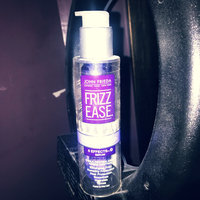 John Frieda® Frizz Ease Extra Strength 6 Effects+ Serum uploaded by Make-up t.