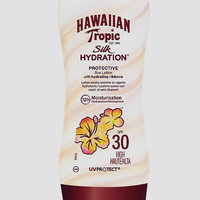 Hawaiian Tropic® Silk Hydration Weightless SPF 30 Sunscreen uploaded by Olivia H.