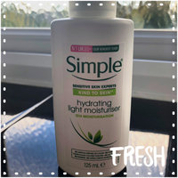 Simple Hydrating Light Moisturizer uploaded by Jess W.