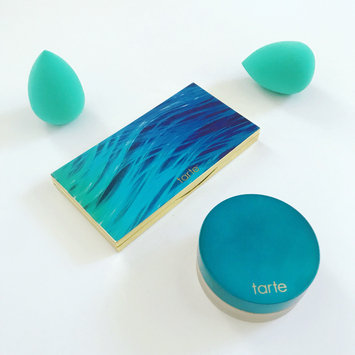 Photo of Tarte Rainforest of the Sea Filtered Light Setting Powder uploaded by Cori H.