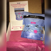 Neutrogena® Makeup Remover Cleansing Towelettes uploaded by Amanda G.