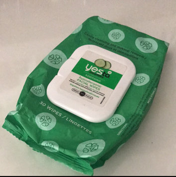 Photo of Yes To Cucumbers Shooting Hypoallergenic Facial Wipes uploaded by maria g.