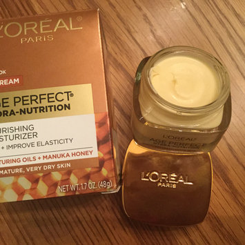 Photo of L'Oréal Paris Age Perfect Hydra Nutrition Honey Day Cream uploaded by Patricia N.