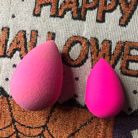 the original beautyblender® beauty queen pink original uploaded by Courtney S.