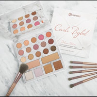 BH Cosmetics Carli Bybel Deluxe Edition 21 Color Eyeshadow & Highlighter Palette uploaded by Marie S.
