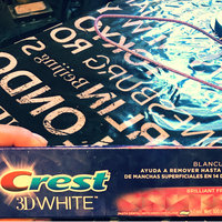 Crest 3D White Whitening Toothpaste Radiant Mint uploaded by Zaira G.