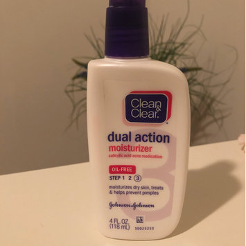 Photo of Clean & Clear® Essentials Dual Action Moisturizer uploaded by Jazlyn B.