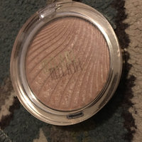 Milani Strobelight Instant Glow Powder uploaded by Husna D.