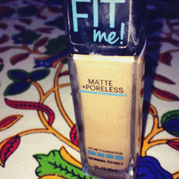 Photo of Maybelline Fit Me® Matte + Poreless Foundation uploaded by Nikita A.