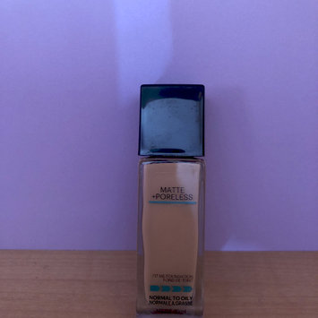 Photo of Maybelline Fit Me® Matte + Poreless Foundation uploaded by Andrea G.