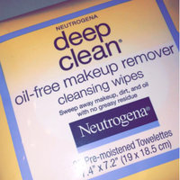 Neutrogena® Deep Clean® Oil-Free Makeup Remover Cleansing Wipes uploaded by mochahontas S.