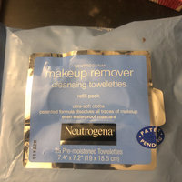 Neutrogena® Makeup Remover Cleansing Towelettes uploaded by shawnyece w.