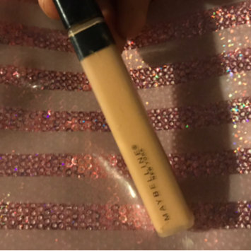 Photo of Maybelline Fit Me® Concealer uploaded by 🌻