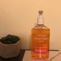 Neutrogena® Oil-Free Acne Wash uploaded by Isabel B.