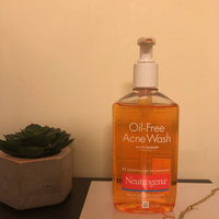 Neutrogena® Oil-Free Acne Wash uploaded by Isabel B.