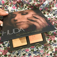 Huda Beauty 3D Highlighter Palette uploaded by Jin L.