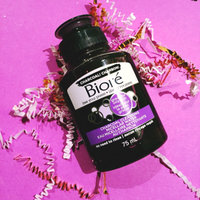 Bioré Charcoal Acne Clearing Cleanser uploaded by Gracia K.