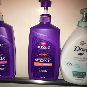 Photo of Aussie Miraculously Smooth Shampoo uploaded by Emilia B.