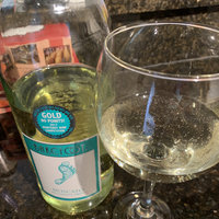 Barefoot Moscato uploaded by Ginger P.