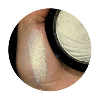 Makeup Revolution Vivid Baked Highlighters uploaded by Diana S.