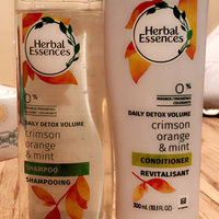 Herbal Essences Naked Volume Conditioner uploaded by Alexis C.