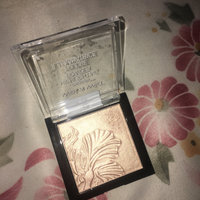 Wet n Wild Mega Glo Highlighting Powder uploaded by gigi B.