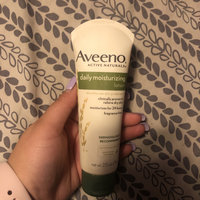 Aveeno® Daily Moisturizing Lotion uploaded by Martha P.