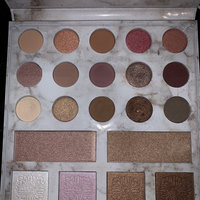 BH Cosmetics Carli Bybel Deluxe Edition 21 Color Eyeshadow & Highlighter Palette uploaded by Brittany C.
