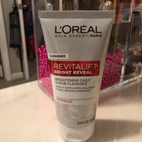 L'Oréal Paris RevitaLift® Bright Reveal Brightening Daily Scrub Cleanser uploaded by Taneica B.