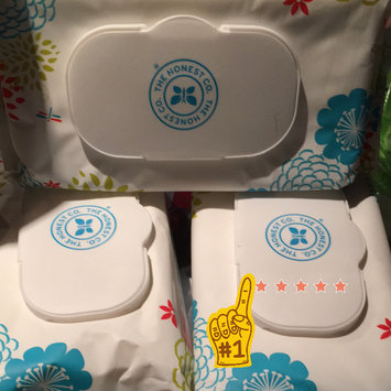 Photo of The Honest Company Honest Natural Face, Hand, & Baby Wipes uploaded by Lorena M.