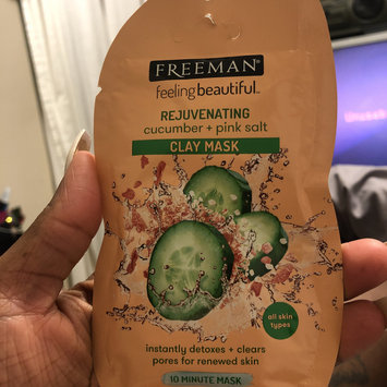 Photo of Freeman Feeling Beautiful Rejuvenating Clay Mask, Cucumber + Pink Salt 6 oz uploaded by Tiffany B.
