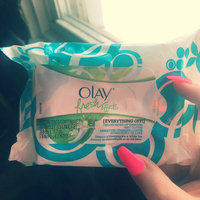 Olay Fresh Effects Everything Off Deluxe Make-up Removal Wet Cloths uploaded by Mercedez G.