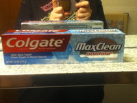 Colgate® MaxClean™ WHITENING SmartFoam® Toothpaste Effervescent Mint uploaded by Carly m.