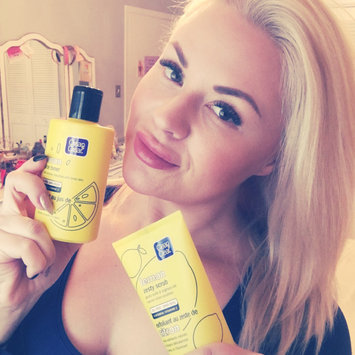 Photo of Clean & Clear Alcohol-Free Lemon Juice Facial Toner uploaded by Stevie P.