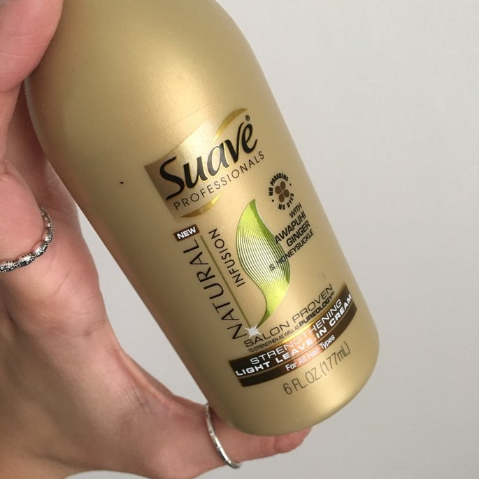Suave Natural Infusion Strengthening Light Leave-in Cream - 6.0 fl oz uploaded by Gabriela G.
