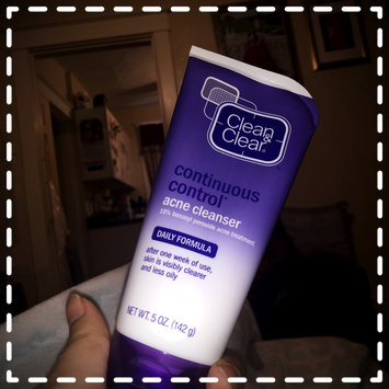 Photo of Clean & Clear® Continuous Control® Acne Cleanser uploaded by Fernanda M.