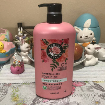 Photo of Herbal Essences Smooth Collection Conditioner uploaded by Ang T.