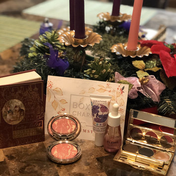 Photo uploaded to #HolidayLooks by Elva J.