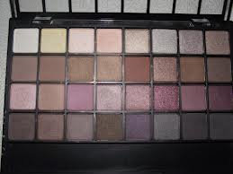 Photo of e.l.f. Studio Endless Eyes Pro Mini Eyeshadow Palette - Natural uploaded by Nidaar T.