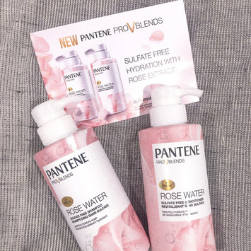 Photo of Pantene Pro-V Blends Rose Water Sulfate Free Conditioner uploaded by Shayla L.